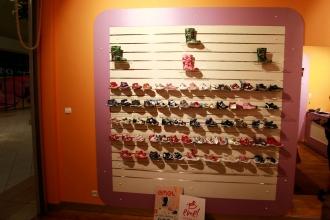 sklep obuwniczy